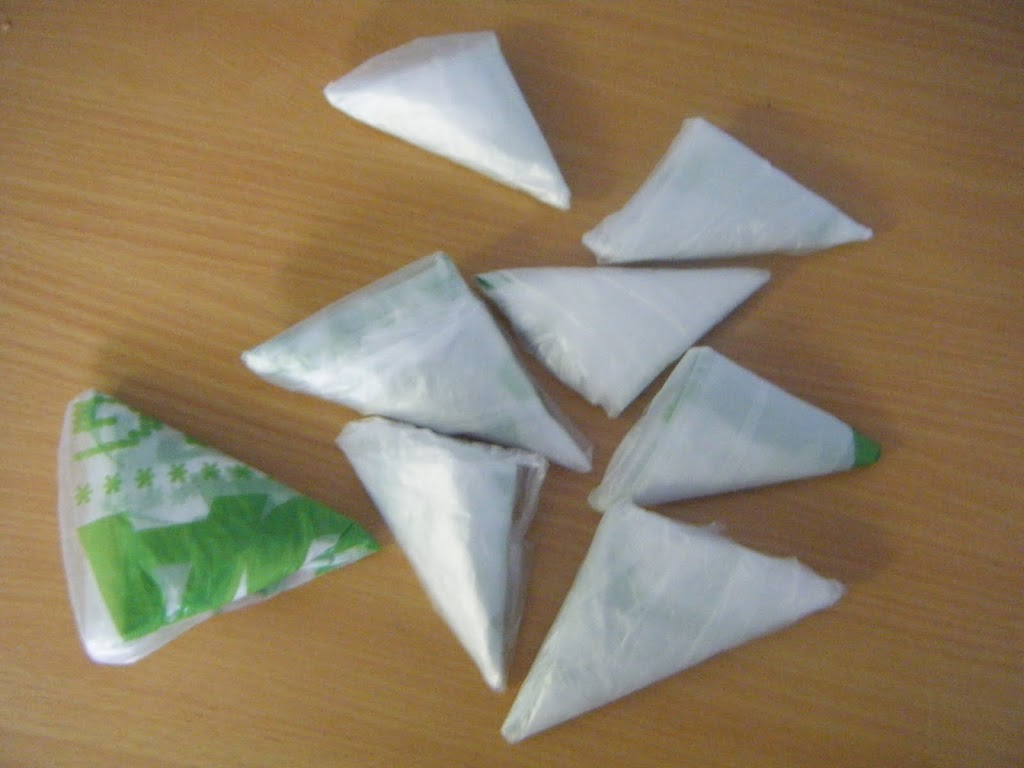 How to fold plastic bags