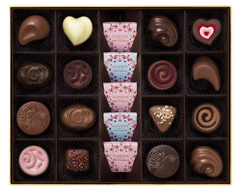 Godiva lover's valentines chocolate box