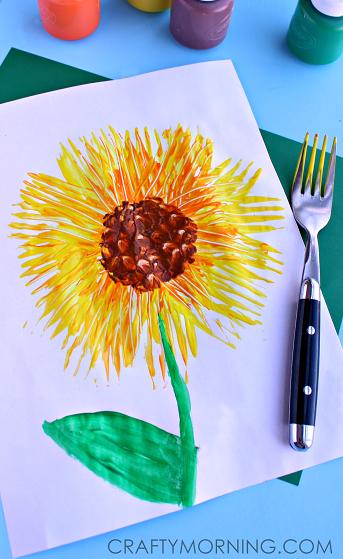 fork-print-sunflower-craft-for-kids-