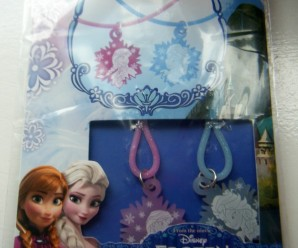 Frozen Colour Change Necklaces + Giveaway
