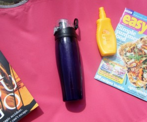 Thermos Water bottle Review + Giveaway