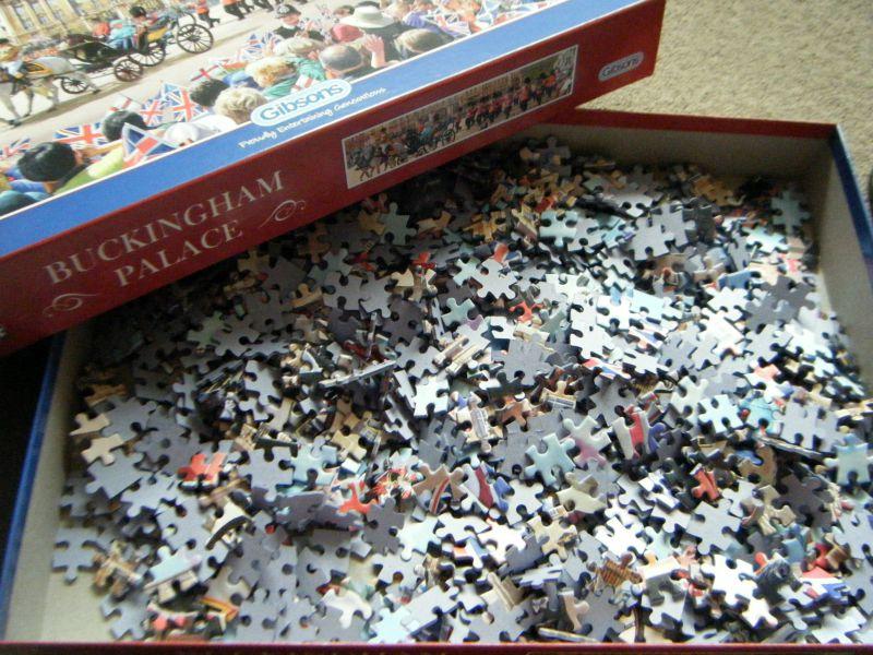 gibsons jigsaw - pieces