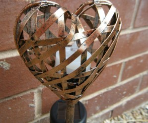 Beautiful Mini Heart Garden Lights