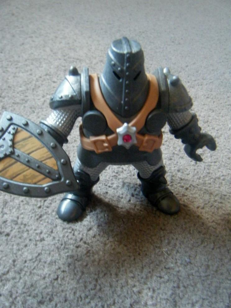 playmobil knight figure 2