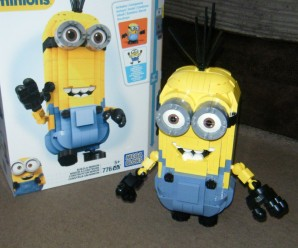 Mega Bloks Build-a-Minion Review
