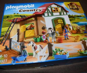 Playmobil Pony Farm from the Country Range Review