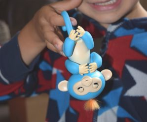 Meet Boris the Fingerling – The New Cute Monkey Toy