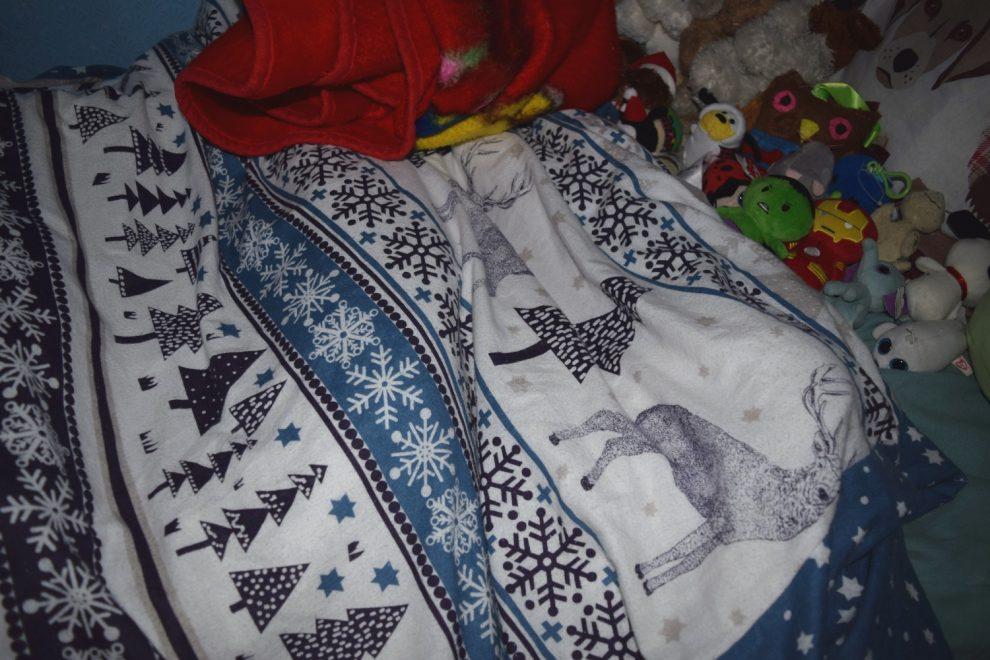 Aaron's Christmas bedding